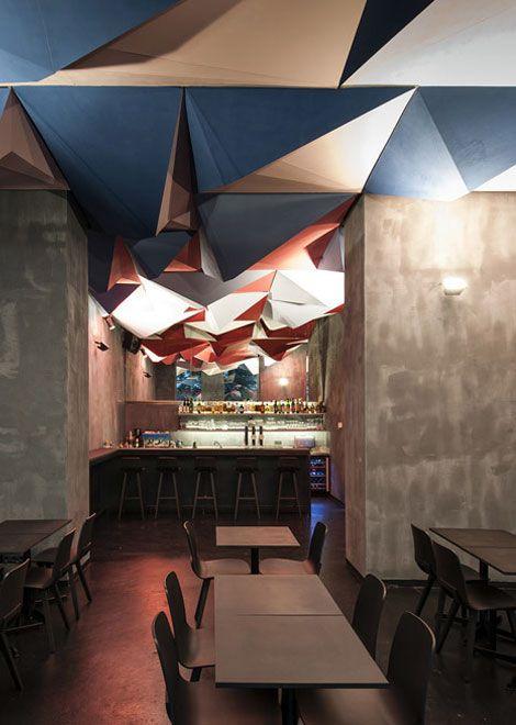 This cocktail bar in Vienna by Tzou Lubroth Architekten