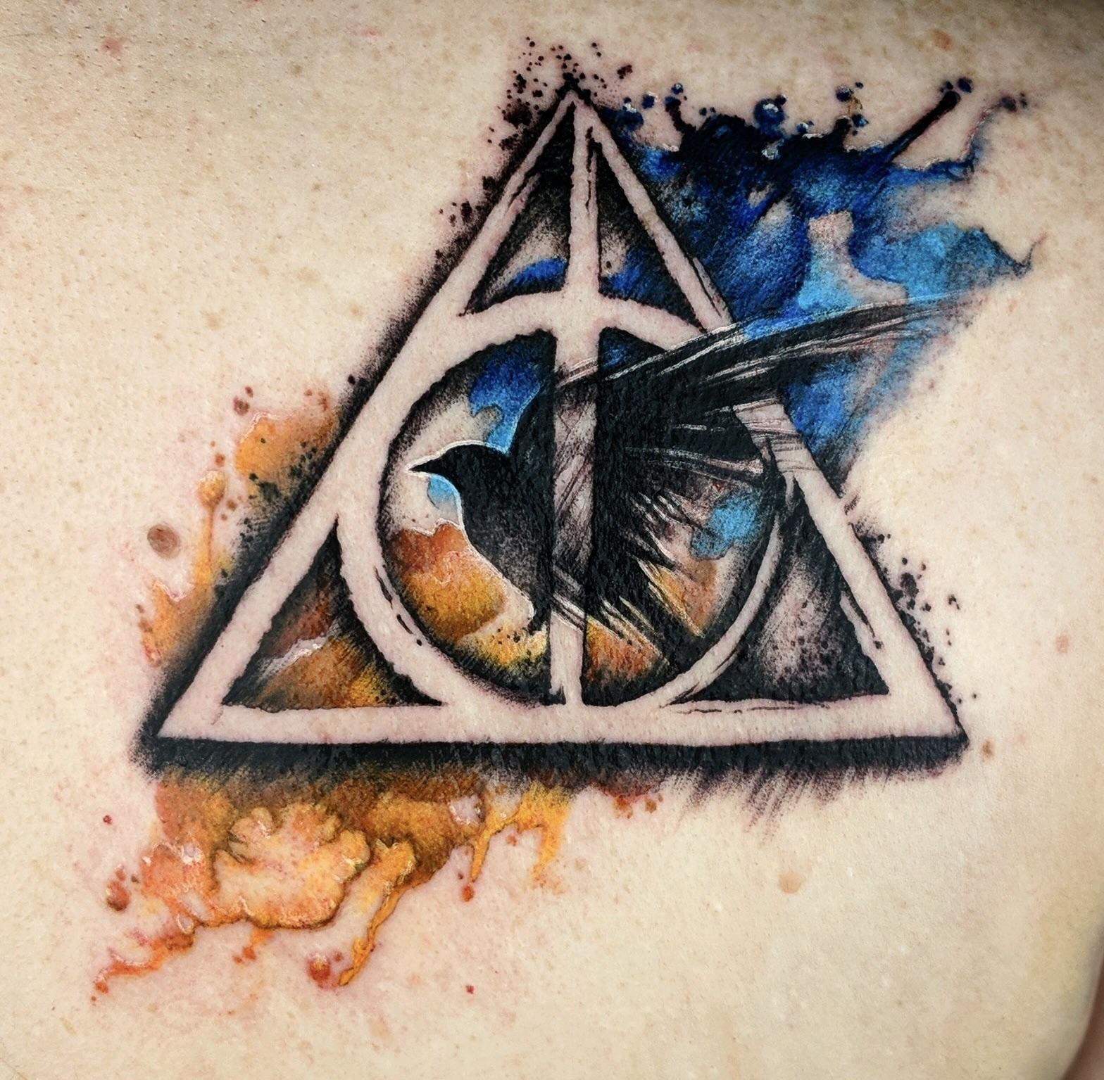 Ravenclaw Themed Deathly Hallows By Cat At Madd Tatterz In Riverside Ca Ravenclaw Tattoo Harry Potter Tattoos Harry Potter Illustrations