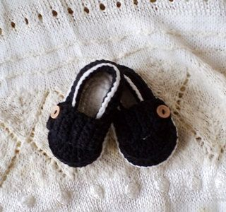 Black Cotton Baby Booties Hand Crochetted Baby Shoes 4''-5''  (10-11cm). €16.00, via Etsy.