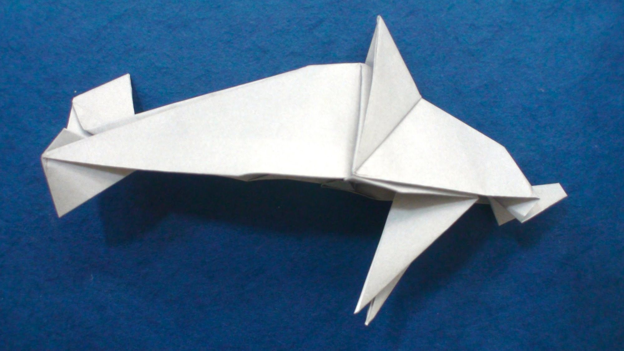 Origami Dolphin (Mindaugas Cesnavicius) - don't follow the video step by step - could form basis for blue shark :-)