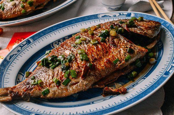 Pan Fried Fish: Chinese Whole Fish Recipe | Recipe | Whole fish recipes,  Fried fish, Fish recipes