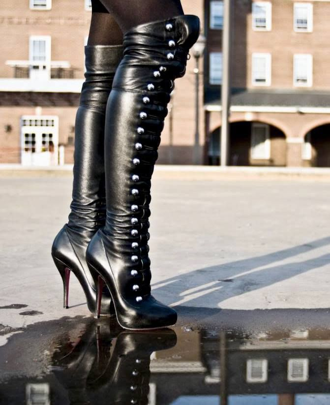 Hot Red Platform High Heel Boots | Shoes and cia. | Bota