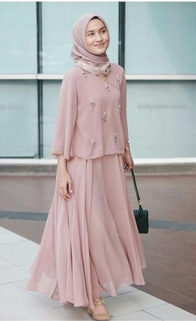 Outfit Kondangan Simple : outfit, kondangan, simple, Style, Kondangan, Hijab, Untuk, Hijabers, Remaja, Penampilannya, Terlihat, Muslim, Beautynesia, Model, Pakaian, Muslim,, Hijab,, Wanita
