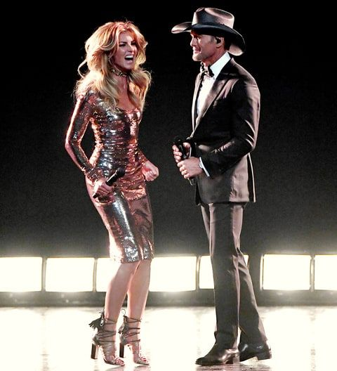 Faith Hill Jumps Into Tim McGraw's Arms After ACMs