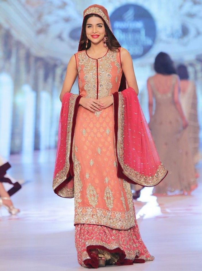Latest pakistani wedding fashion 21