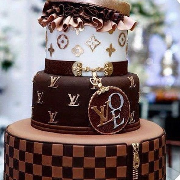 Louie Vuitton cake!❤