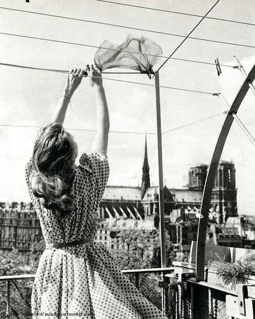 The laundry, Paris, 1960s. Photo by Patrice Molinard