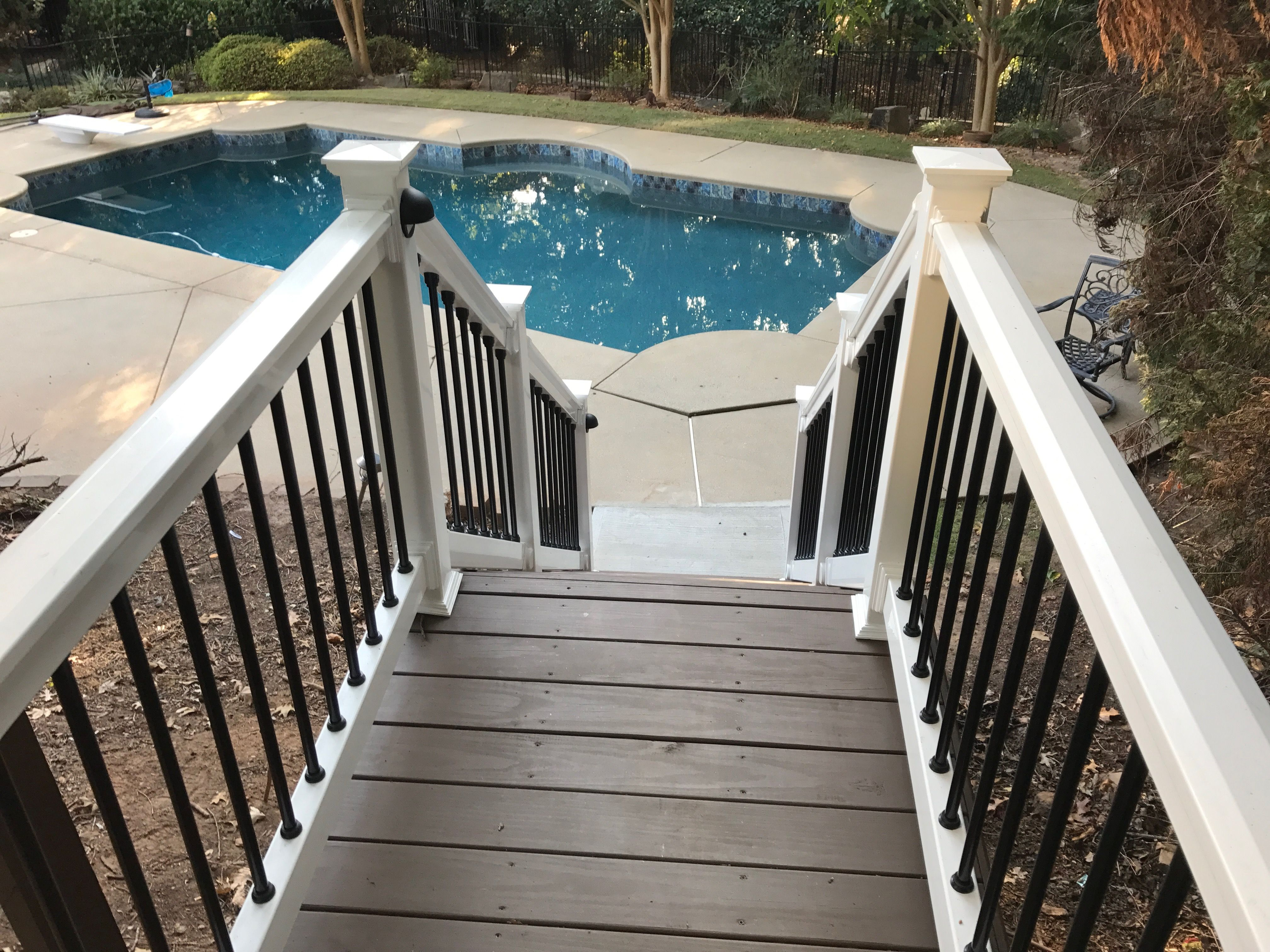 My Result Using Sherwin Williams Lodge Brown Sherwin Williams Deck Paint Sherwin Williams Deck Stain Staining Deck