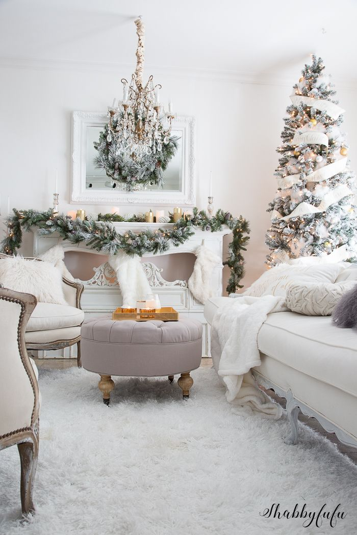 Elegant And Simple Christmas Living Room In White Christmas Living Rooms Christmas Decorations Living Room White Christmas Decor Living room xmas decor ideas