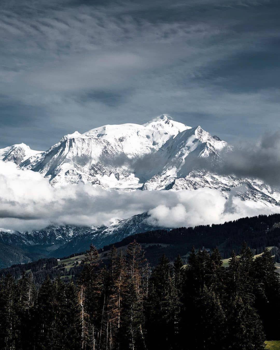 Combloux On Instagram Une Emotion Indefectible Felicitations A Charlie Palona Pour Cette Combloux Montagne Mou En 2020 Combloux Haute Savoie Instagram
