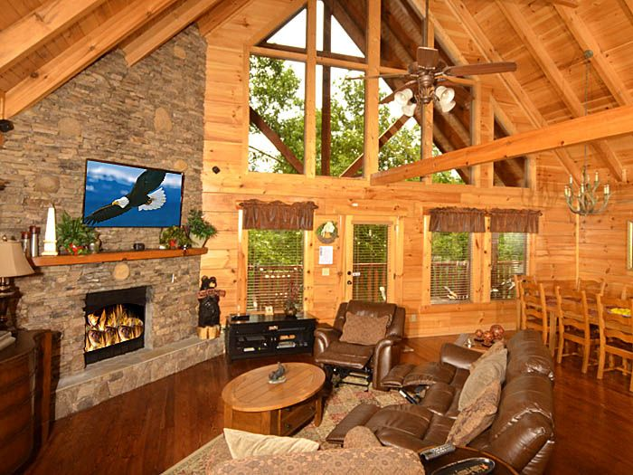 Secluded 5 bedroom cabin in Pigeon Forge Secluded Moments ...