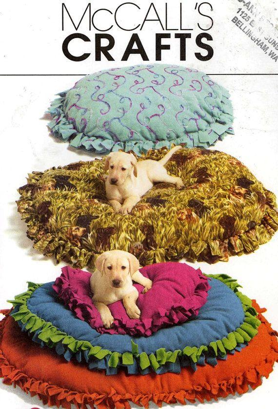 No Sew Fleece Animal Pillow: Easy dog Bed pet pillow No Sew Fleece pattern sewing pattern    ,