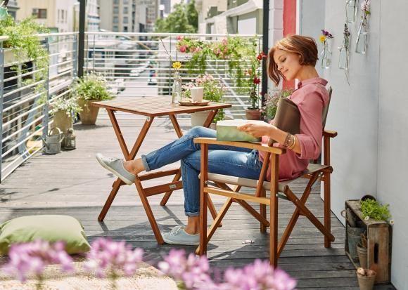 Balkonmöbel -  Tische, Stühle, Bänke: Diese 17 Möbel nutzen den Platz auf dem Balkon optimal aus. ähnliche tolle Projekte und Ideen wie im Bild vorgestellt findest du auch in unserem Magazin . Wir freuen uns auf deinen Besuch. Liebe Grüße