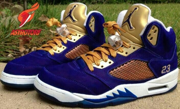 separation shoes 1941e 30a87 Blue and gold Jordan's flights | MY DREAM JORDANS in 2019 ...
