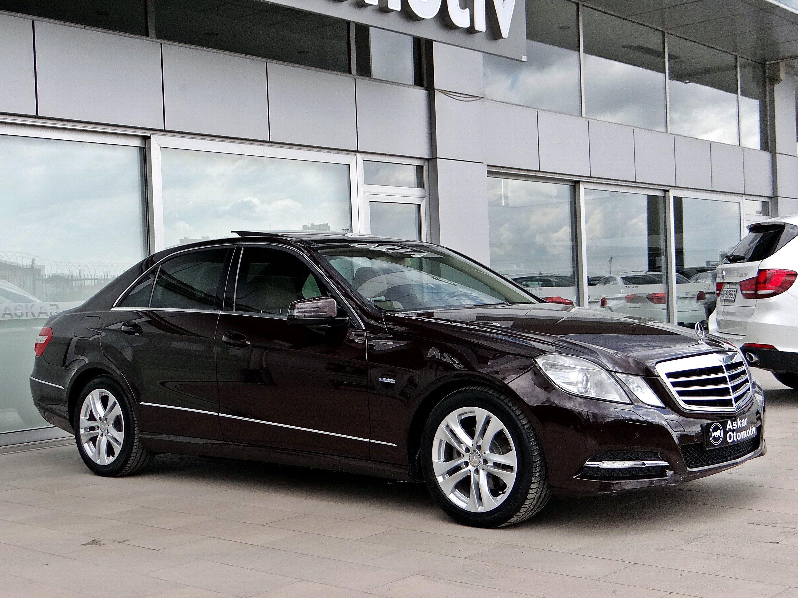#Mercedes #2011Mercedes #E220