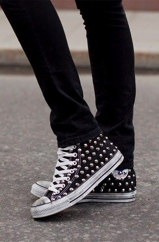 studded converse. immma do dis   Sneakers, Converse shoes