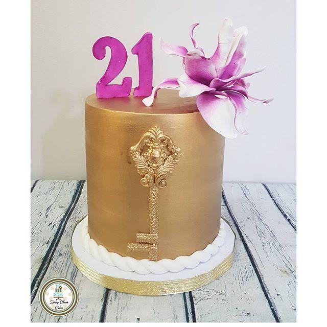 Image Result For Elegant 21st Birthday Cakes Girls Lock And Key