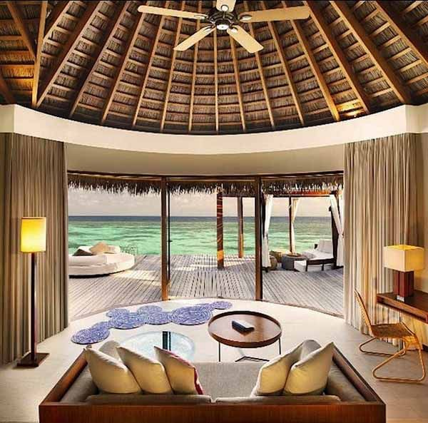 Maldives W Retreat Resort. Tropical Beach House. Modern
