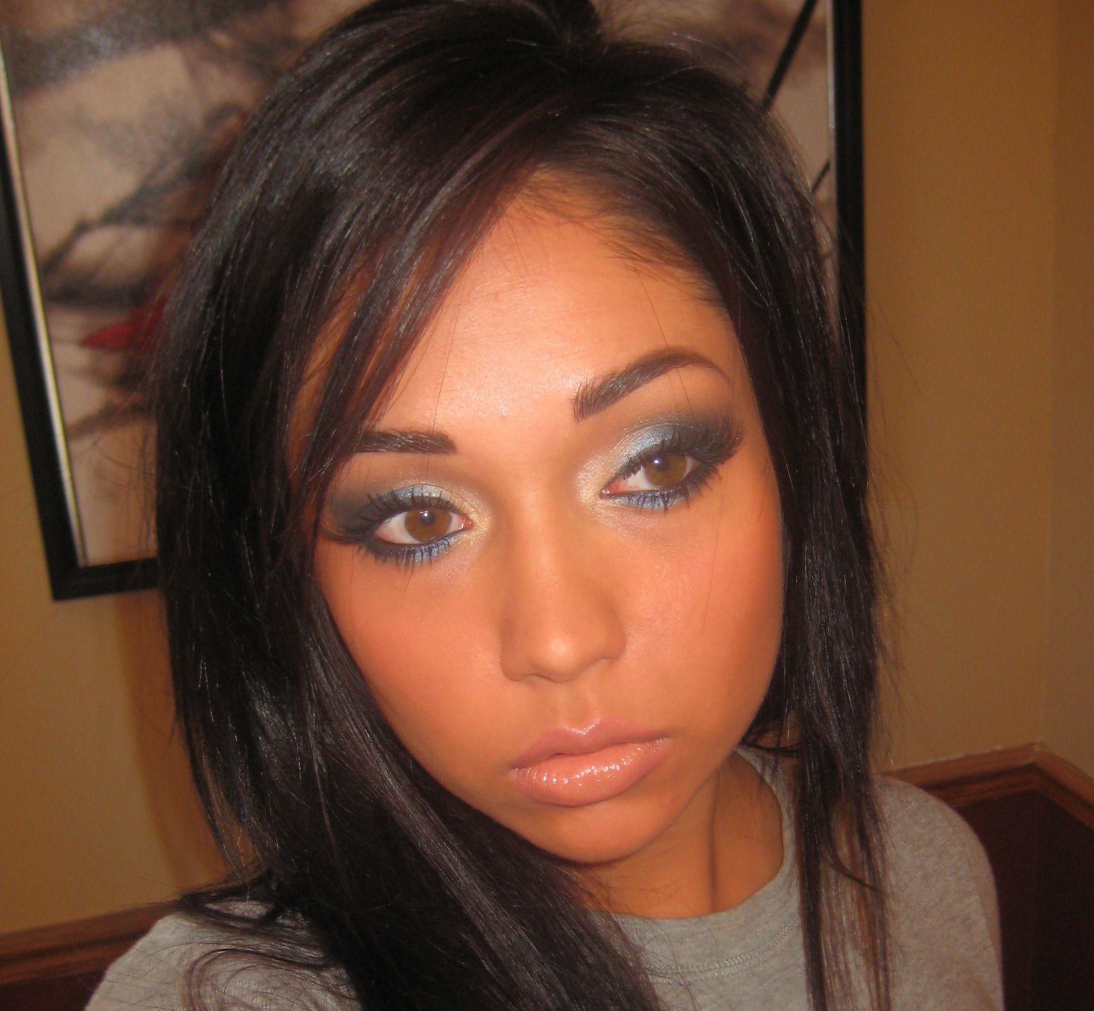 Free Lance Makeup Artist Sasha /