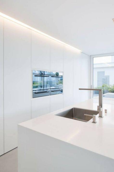 Arbeitsplatten aus Mineralwerkstoff Welche Hersteller und Marken - Küchen Weiß Hochglanz