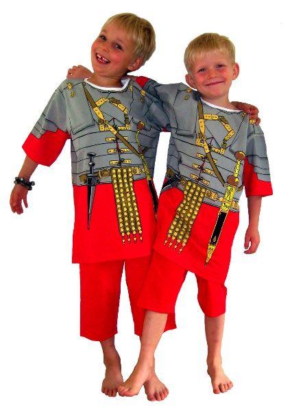 Costume de romain, pyjama ou déguisement, en trompe-l'oeil
