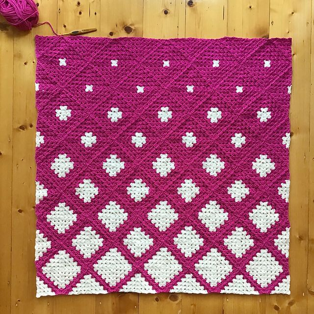 Spin Your Granny Square pattern by Kylie Moleta