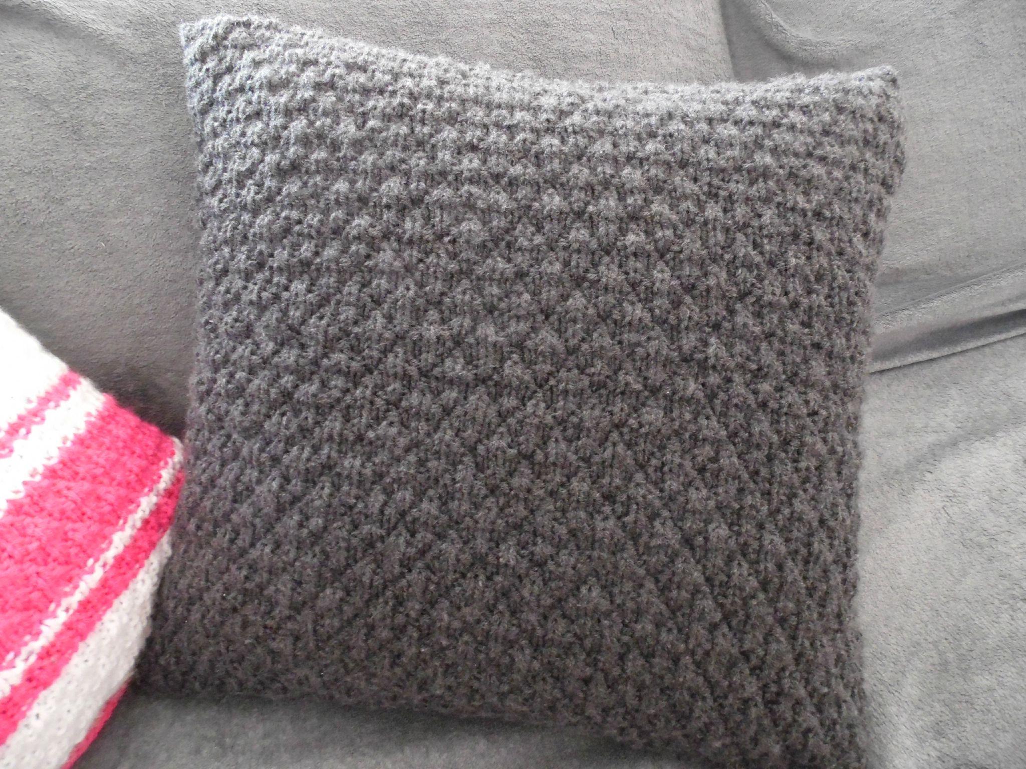 tricoter un coussin
