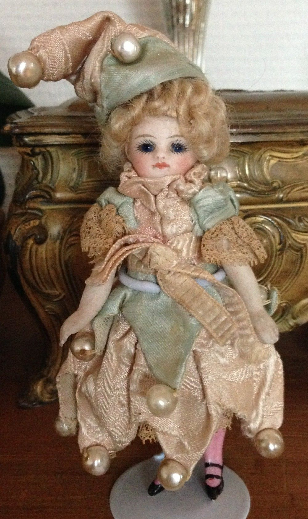 Beautiful rare French all-bisque Mignonette doll via rarities4you, Switzerland. Click on the image to see more!
