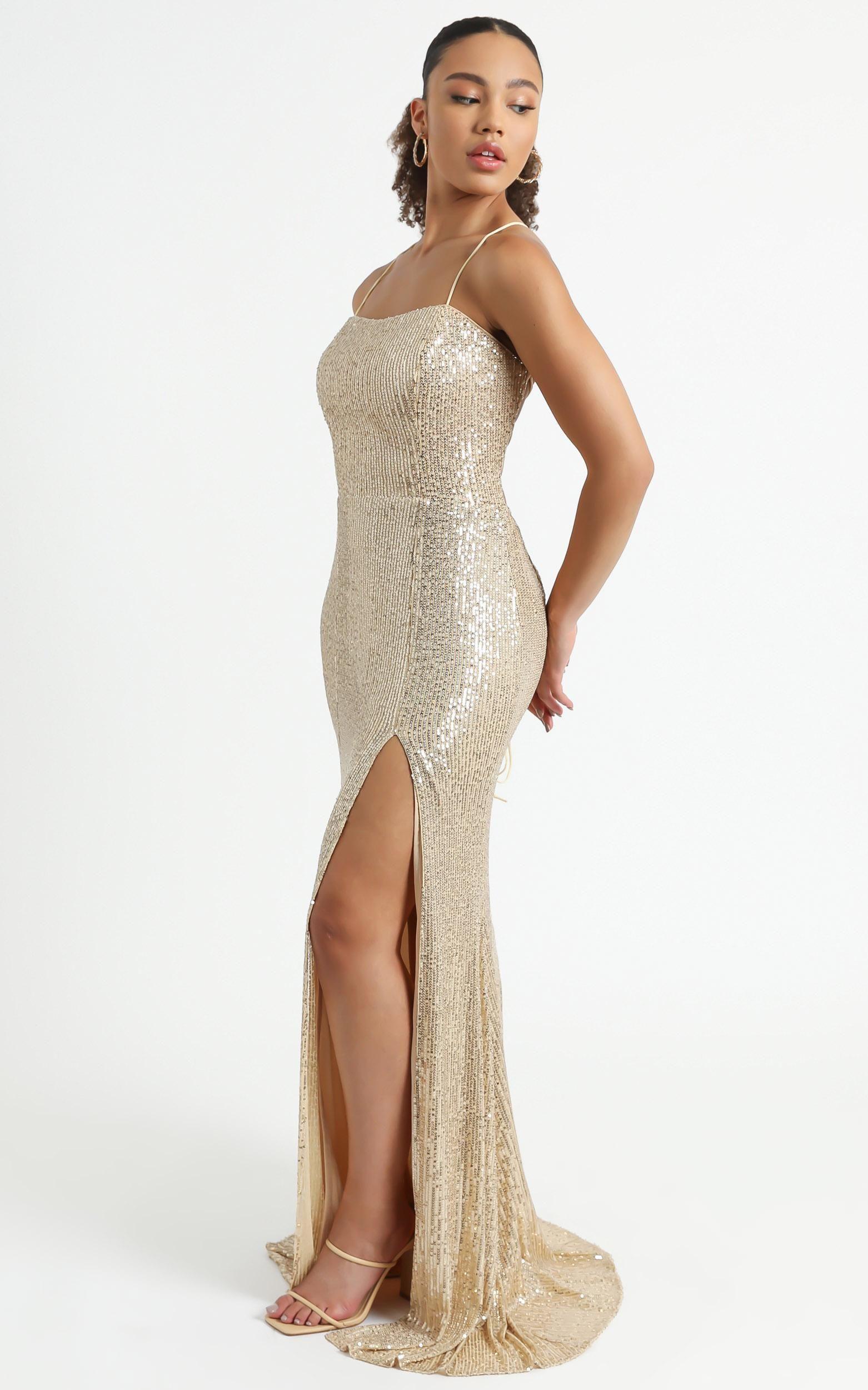 Magic Hour Maxi Dress In Gold Sequin Showpo In 2021 Dresses Maxi Dress Gold Sequin [ 2500 x 1562 Pixel ]