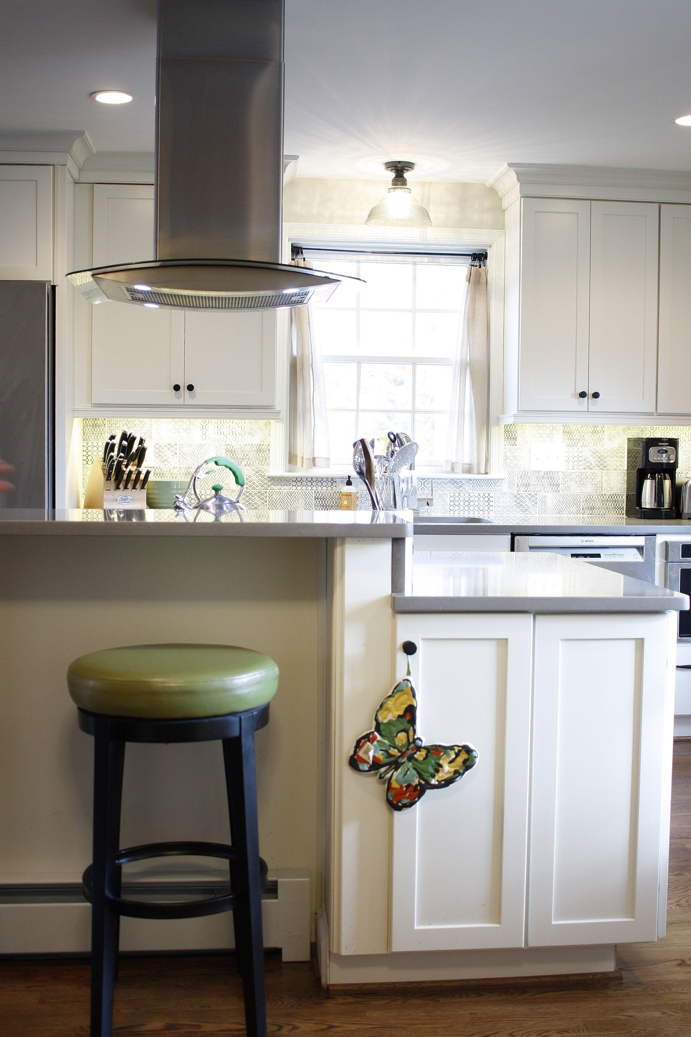 Farmhouse White Kitchen in Baltimore, MD | Traditional ...