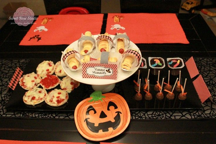 Family Movie Night with Spooky Buddies Desert ideas, Food deserts - halloween catering ideas