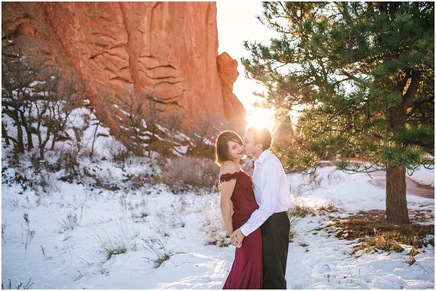Winter Garden Of The Gods Engagement Photos Engagement