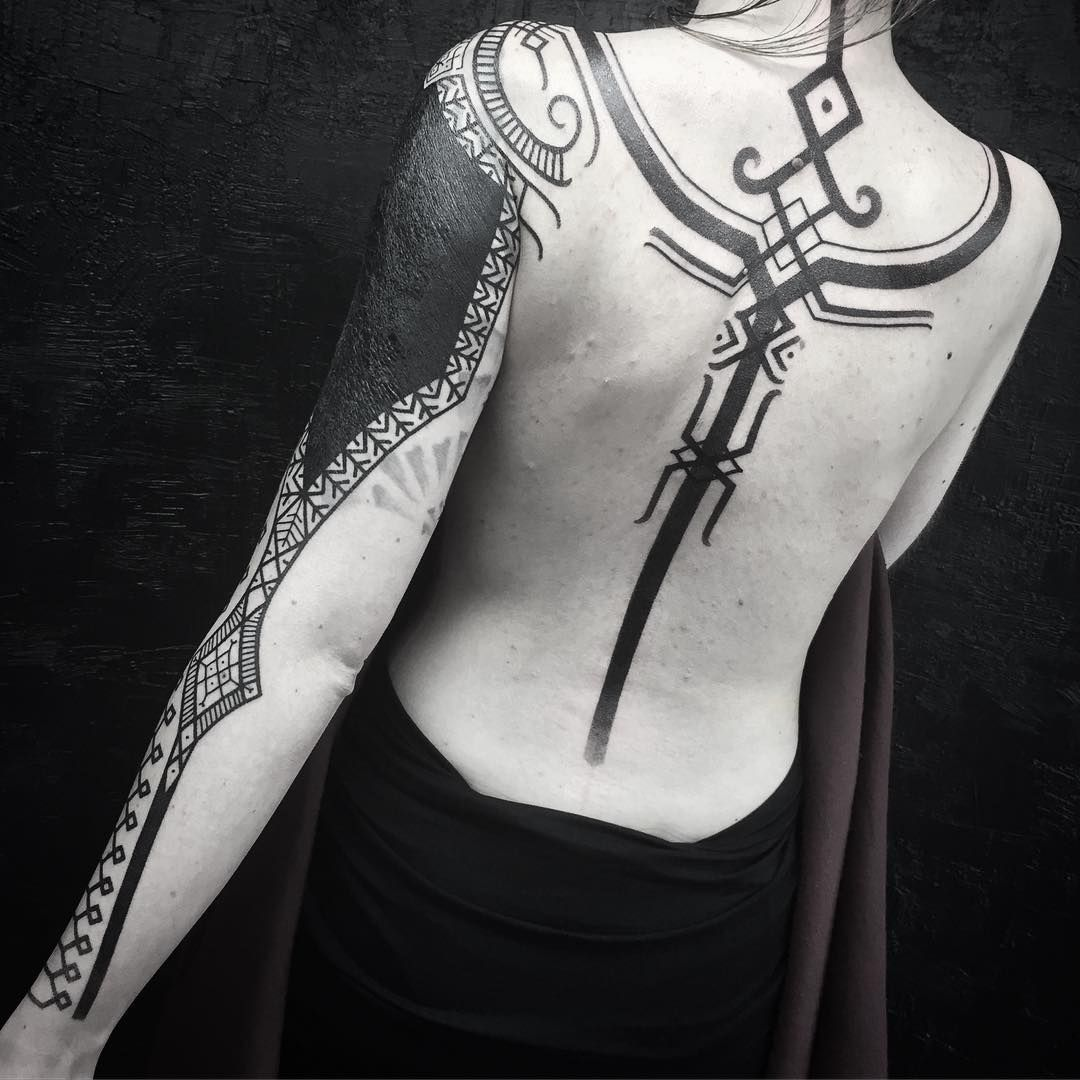 Vikings tattoos by Peter Walrus Madsen, a Mash-Up of Nordic Folk Art and Geometry - KickAss Things