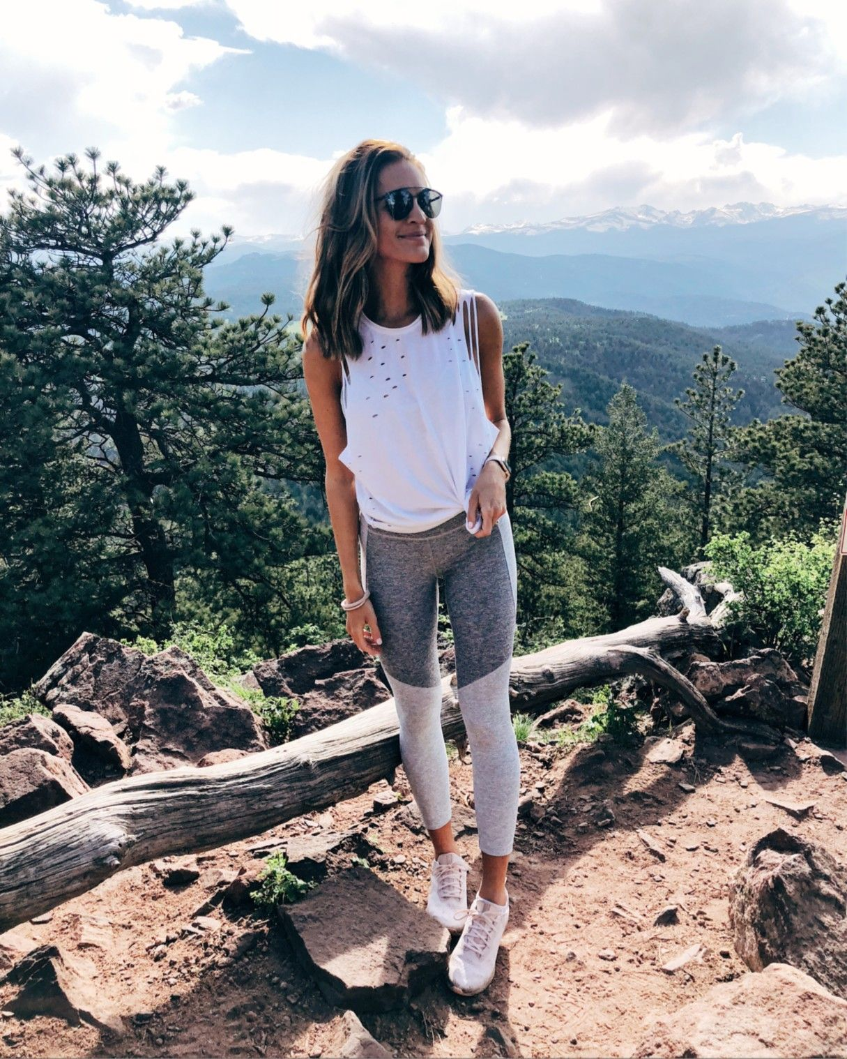 laurenkaysims  LIKEtoKNOW.it  Hiking outfit spring, Cute hiking