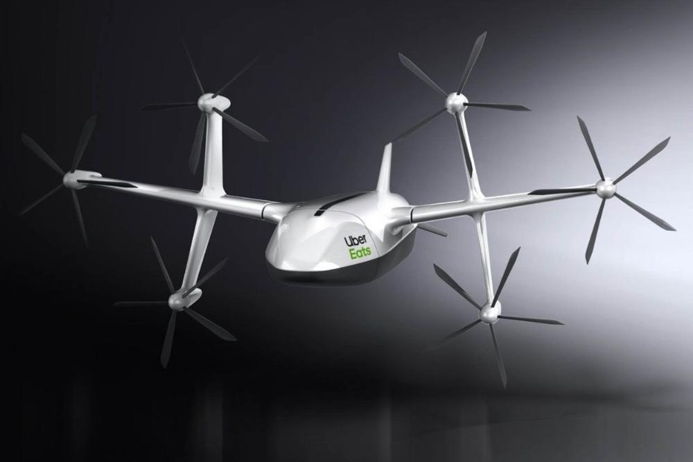 Photo of Uber Eatsで運ばれる食事が空を飛ぶ! 配送ドローンの試験運用と、収益拡大の実現性