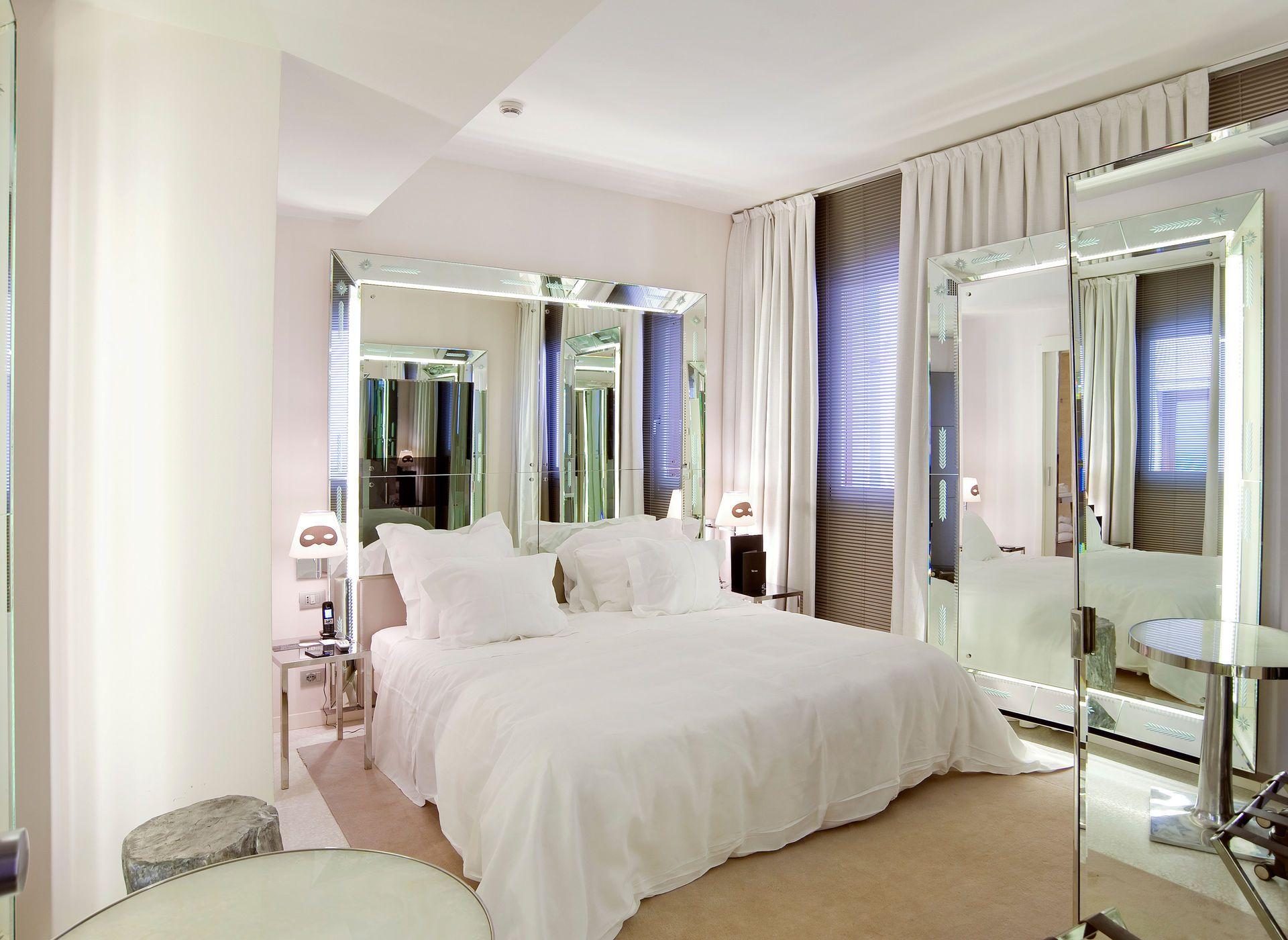 Palazzina G Venice, Italy Bedroom City Hip Hotels Italy Luxury ...
