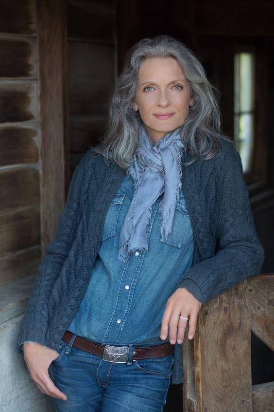 "Картинки по запросу ""blue grey hair older women"""