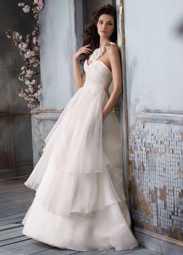Silk Ball Gown Wedding Dresses White Bally Bridal Sleeveless Strapless Sweetheart