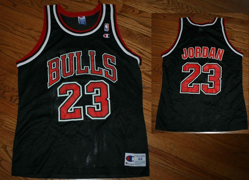 Vintage Chicago Bulls Michael Jordan #23 Champion NBA Basketball Jersey-Men's  44