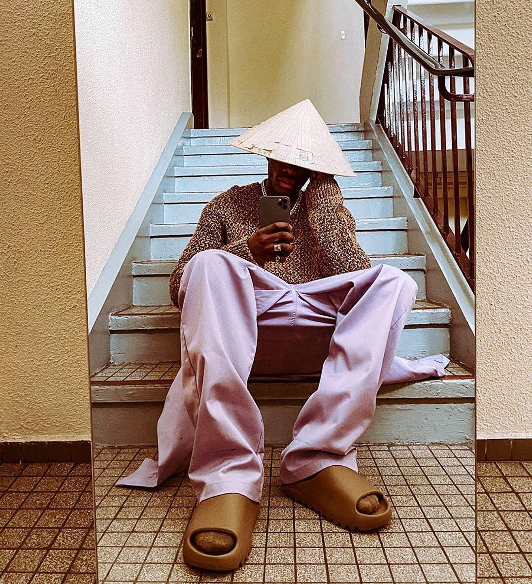 Yeezy Slides Outfit Idea En 2020