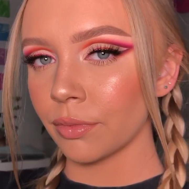 Makeup con la paleta Neón de Huda