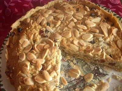 Almond tart with marzipan