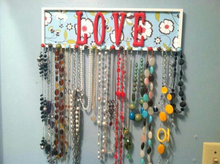 Cute jewlry hanger!