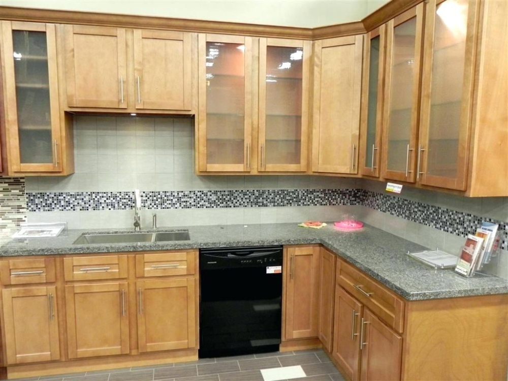 natural maple shaker kitchen cabinets impressive maple ...