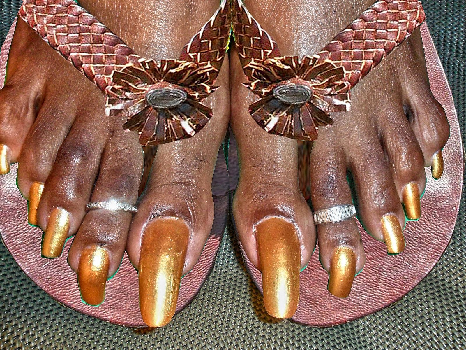 very long toenails in african sandals | Long toenails, Africans and ...