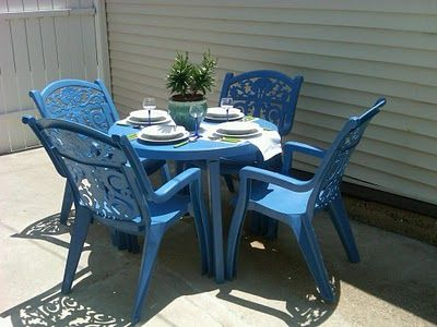 Spray paint old ugly plastic patio furniture! I did this today, and ...