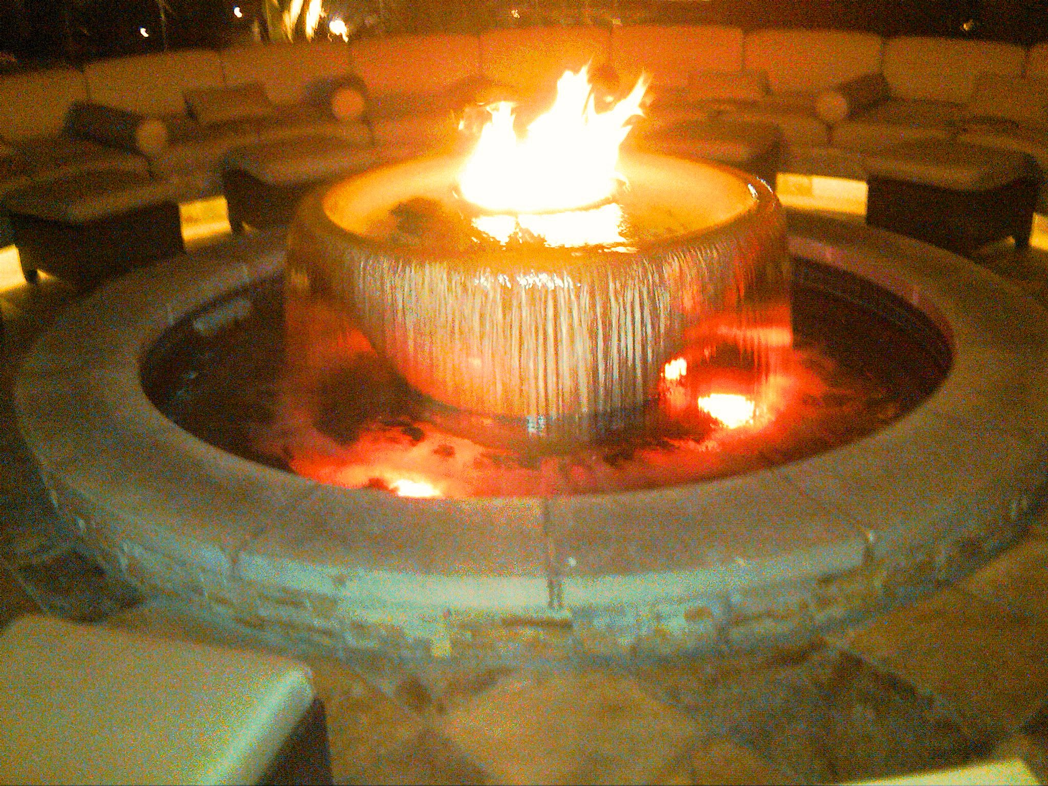 Fire and water features outdoor water fountains fire for Fire and water features