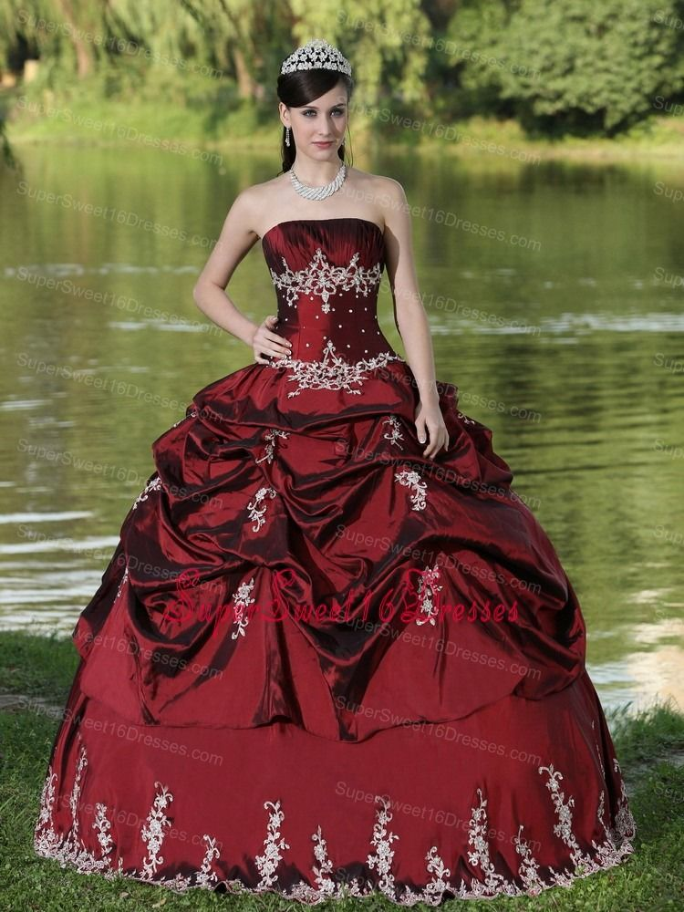 8d4a6ed7ff4 Custom Made Burgundy Sweet 16 Dress Party Wear With Satin Embroidery  Decorate