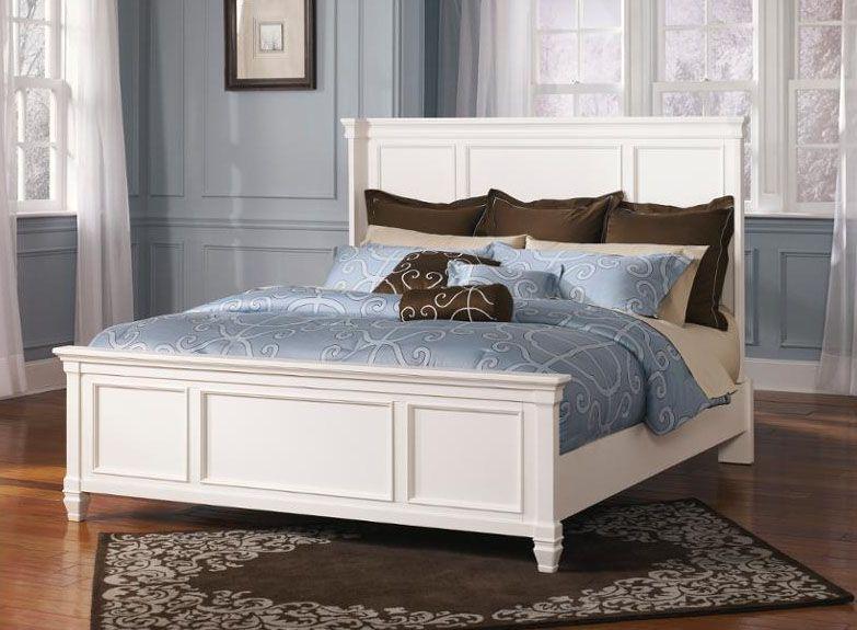 Lit (queen) - 495,00$ Légèrement endommagé modèle de plancher - modele chambre a coucher