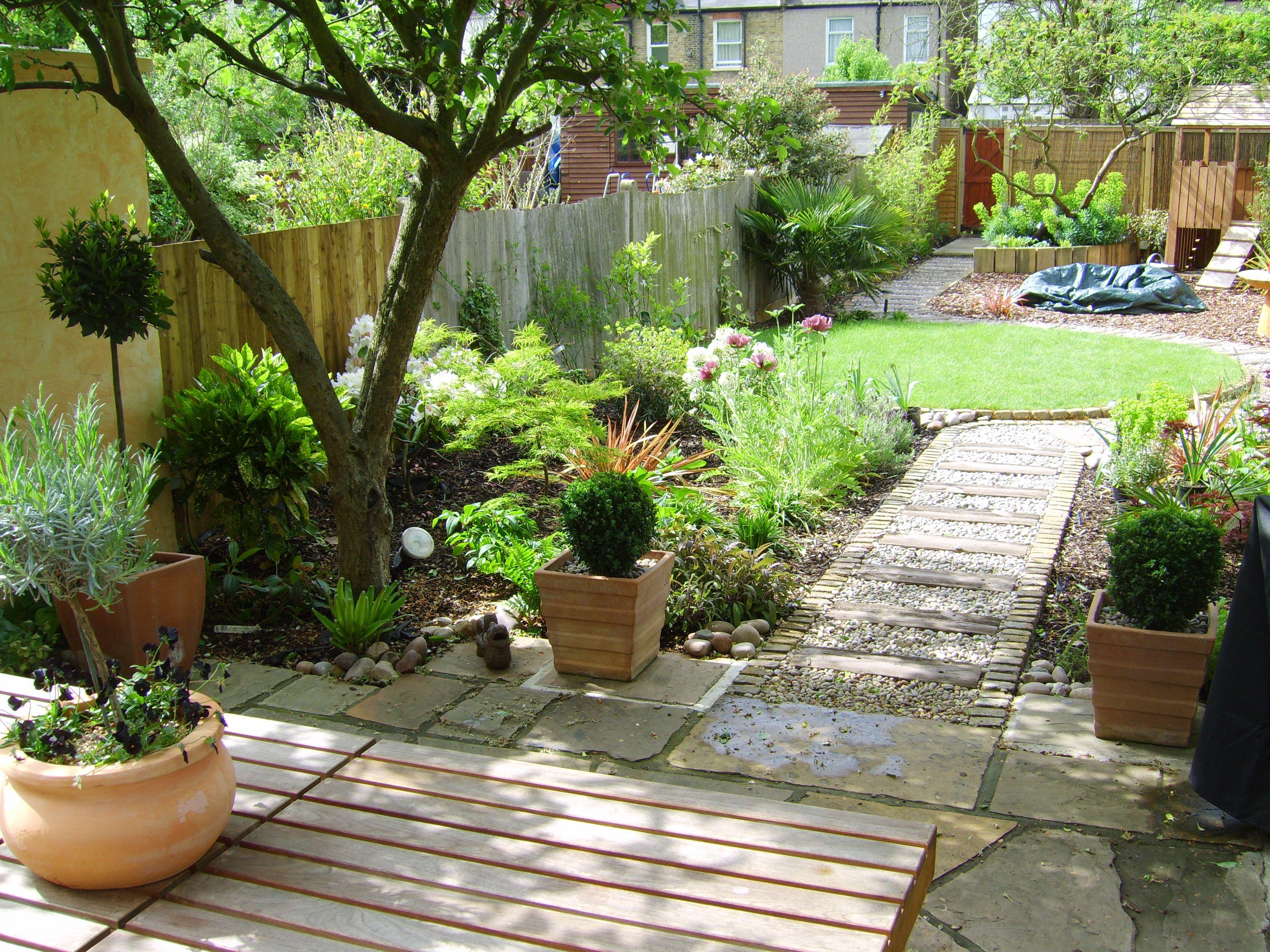 long thin garden design crowthorne berkshire garden design ideas